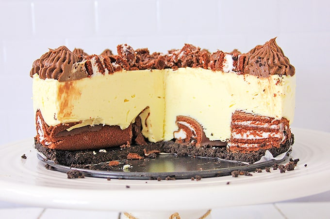 cheesecake with slices removed showing the inside cross section